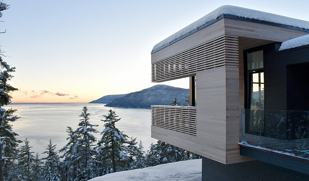 It is the view that leaves you enthralled at this Canadian home!