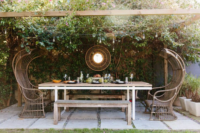 Outdoor dining elements