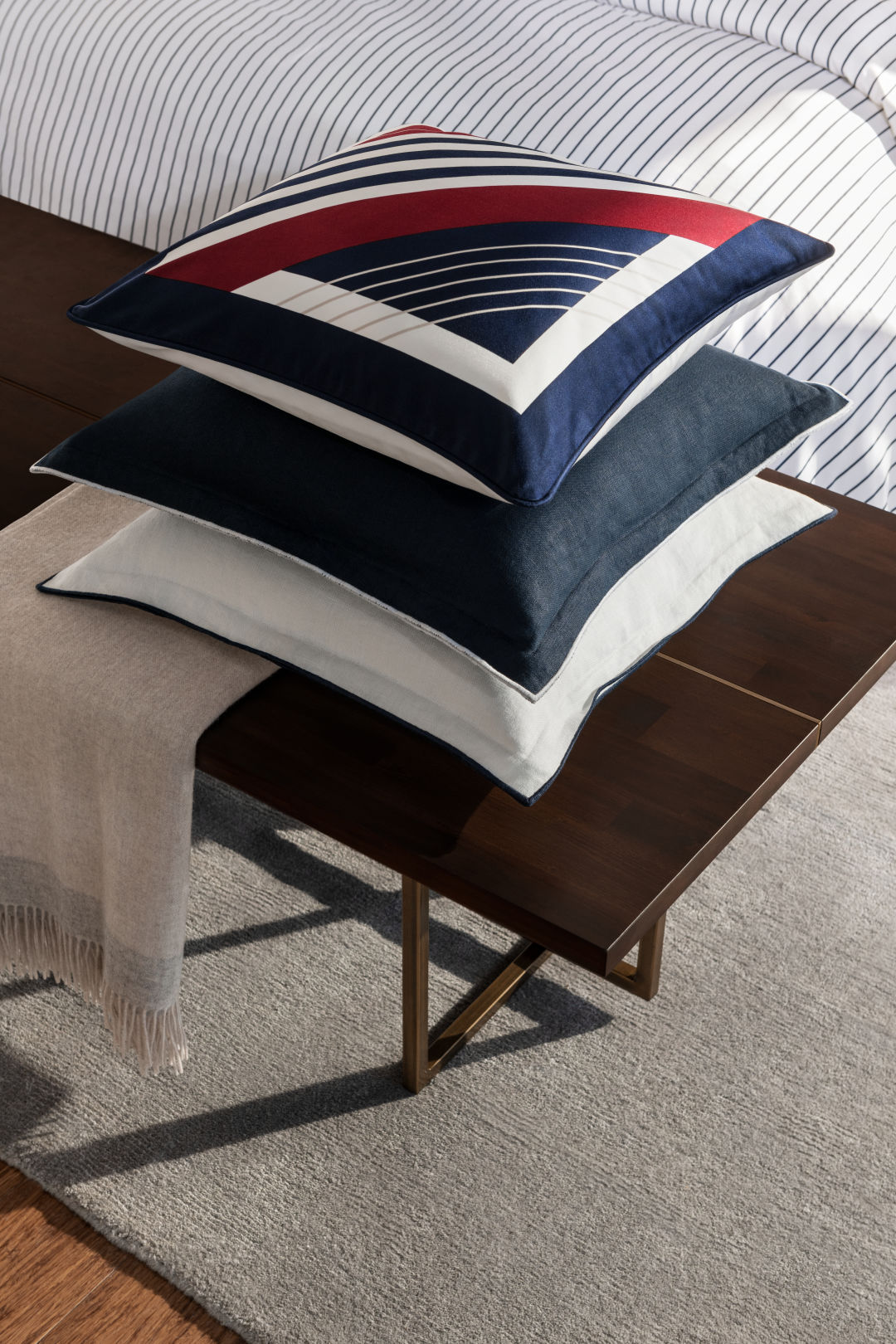 Satin cushion cover from H&M Home