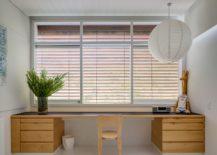 Sleek-wooden-floating-desk-for-the-modern-home-office-in-white-217x155