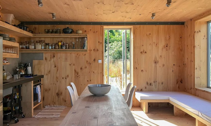 Eco-Friendly Cabin Design: Tiny Retreat in the Hills Offers a Cozy Green Escape