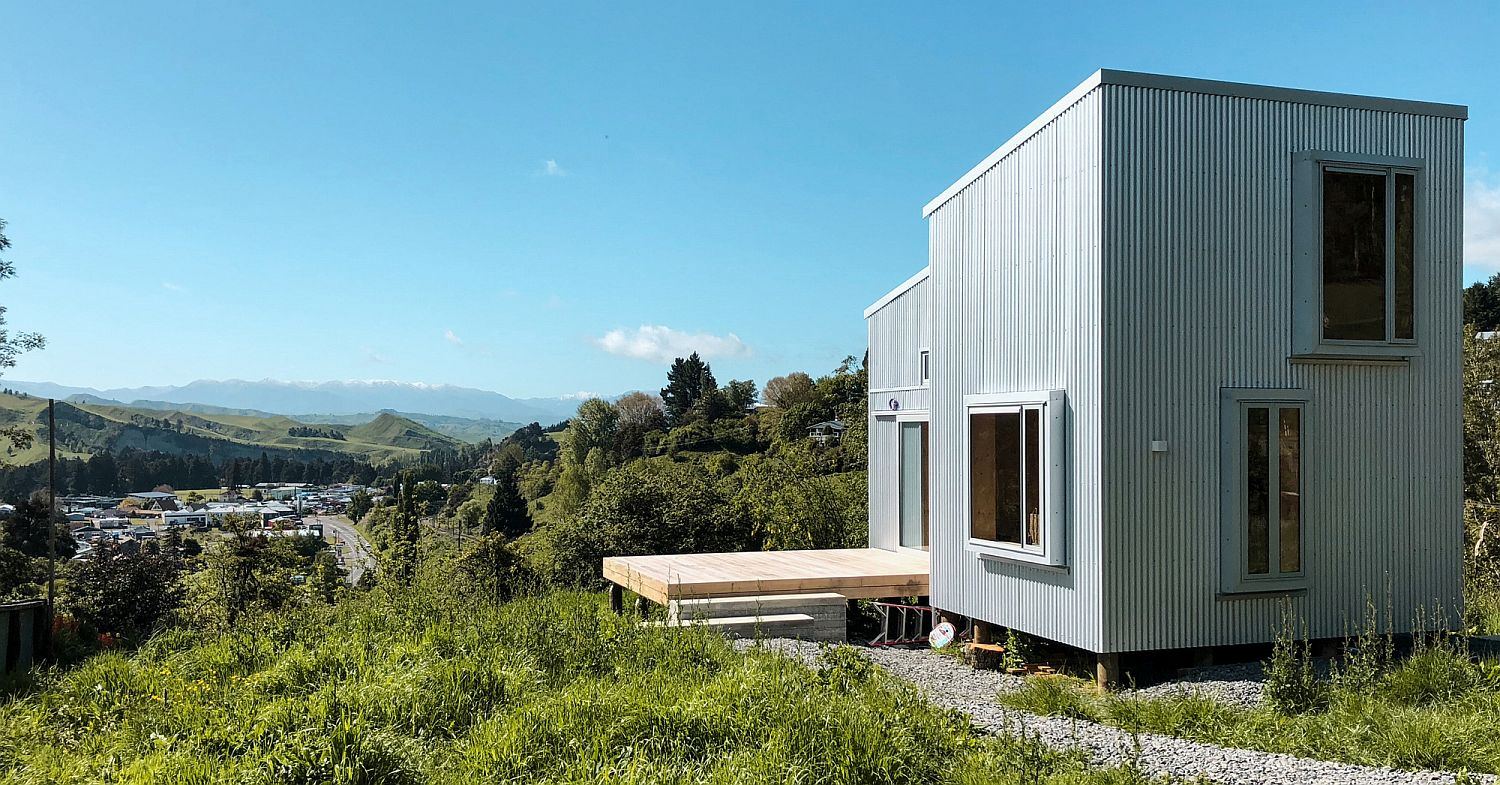 Tiny cabin in the hills in Taihape, New Zealand provides an idyllic escape