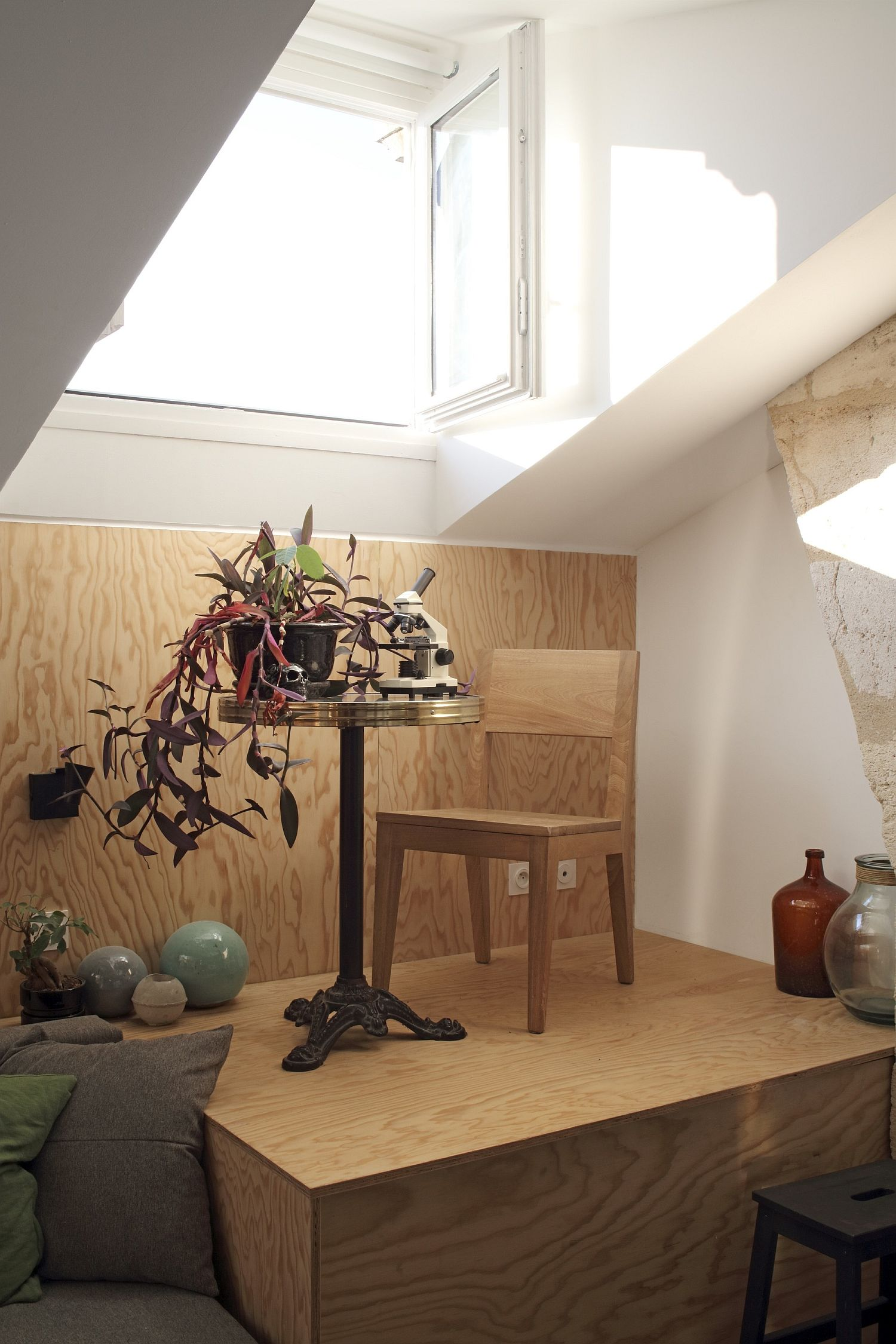 Upper window brings ample light into the small apartment