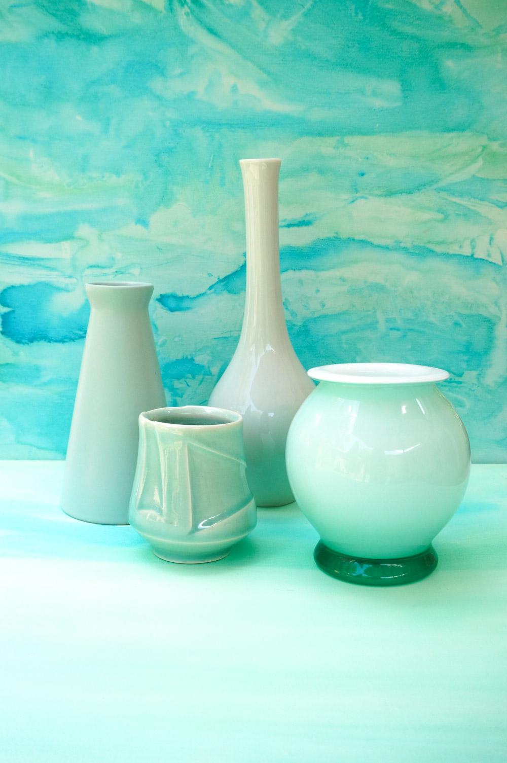 Vases-in-shades-of-aqua