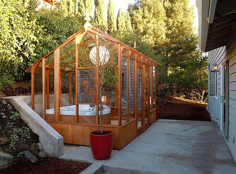 Awesome hot tub solarium crafted at home is a showstopper indeed