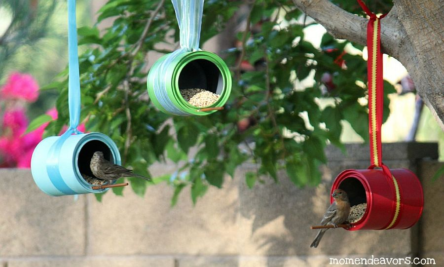 Colorful-and-bright-paint-can-DIY-bird-feeders-from-Mom-Endeavors