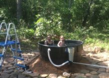 Cool-and-cost-effective-homemade-bathtub-idea-217x155
