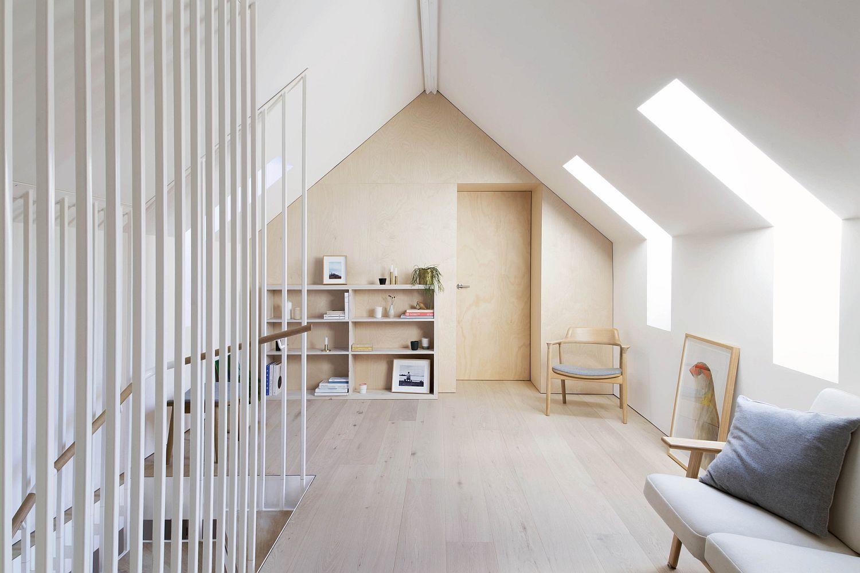 Cozy upper bedroom level of the Hideaway House in Sydney