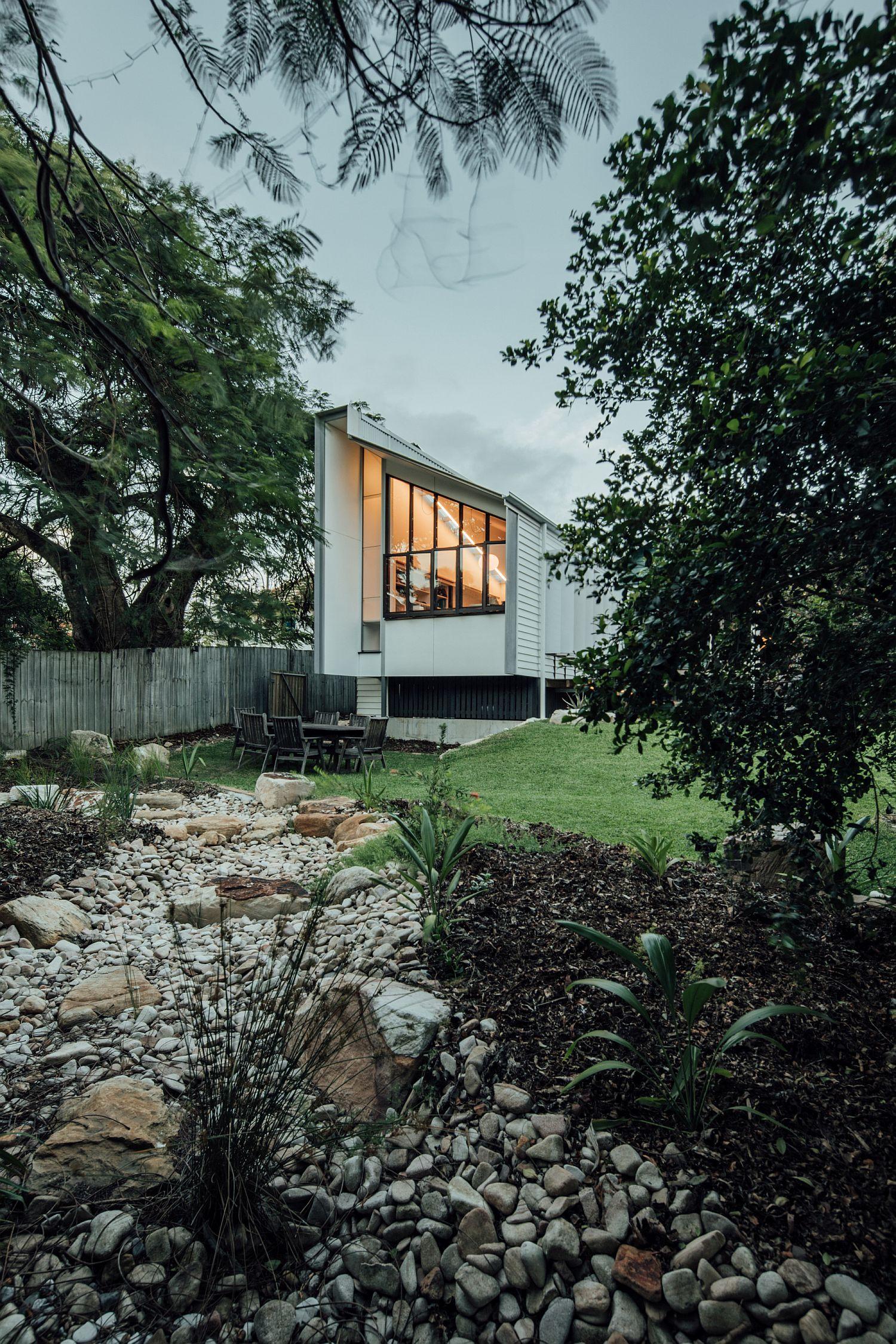 Curated and elegant backyard of the Yeronga House in Brisbane
