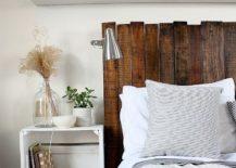 Custom-DIY-pallet-headboard-idea-from-Rice-Designs-217x155