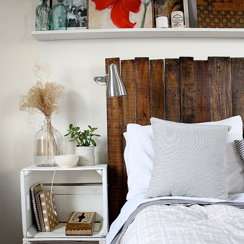 Custom DIY pallet headboard idea from Rice Designs
