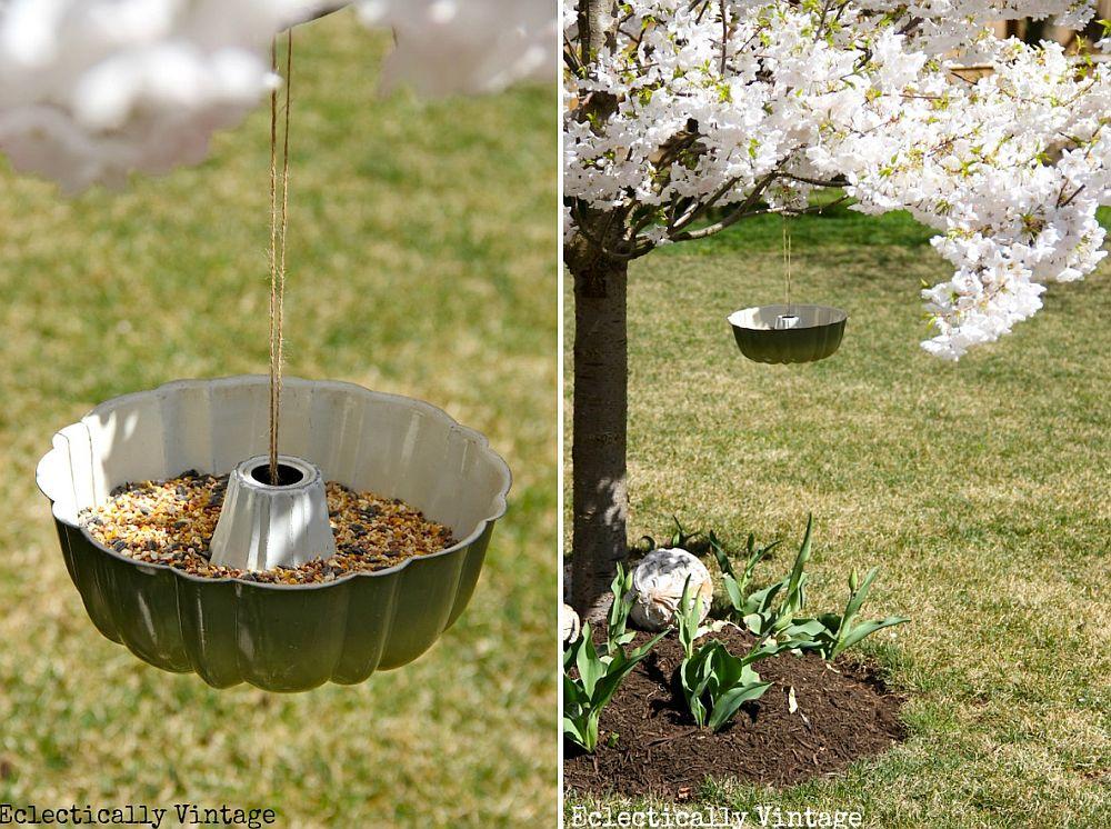 DIY-Bundt-Pan-Bird-Feeder