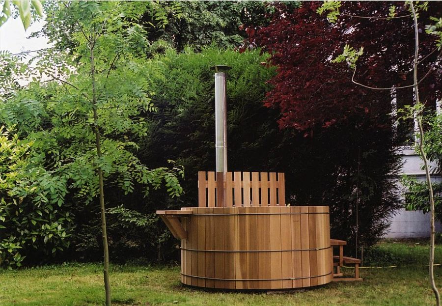 DIY outdoor hot tub idea for those who want an affordable option