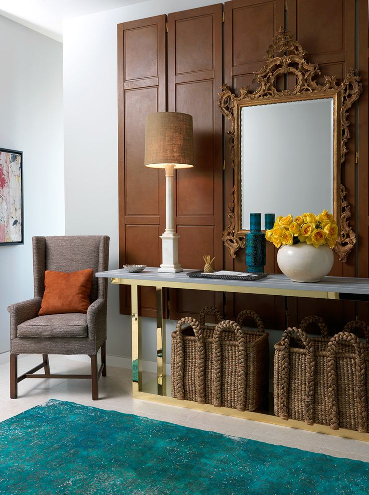 Elegant-entry-console-table