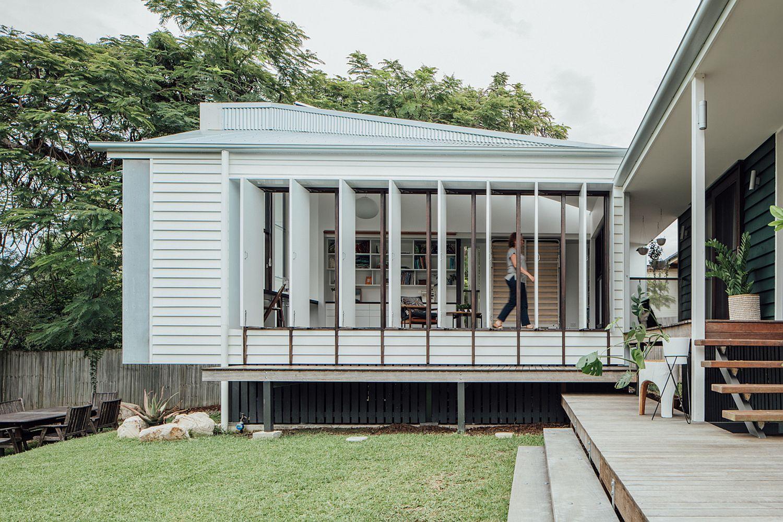 Fabulous Yeronga House in Brisbane with a Studio in Backyard