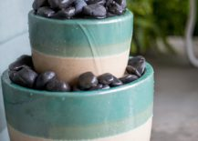 Inexpensive-and-small-DIY-water-fountain-for-the-modern-garden-217x155