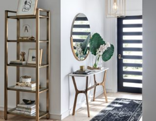 Tips for Decorating a Console Table in an Entryway
