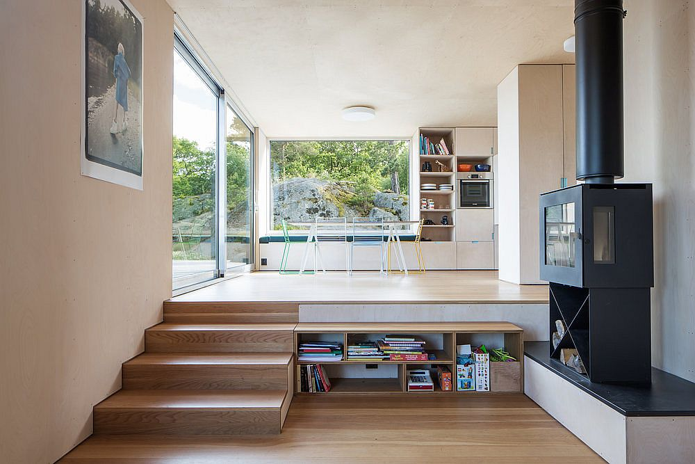 Multi-level living area with kitchen and dining space