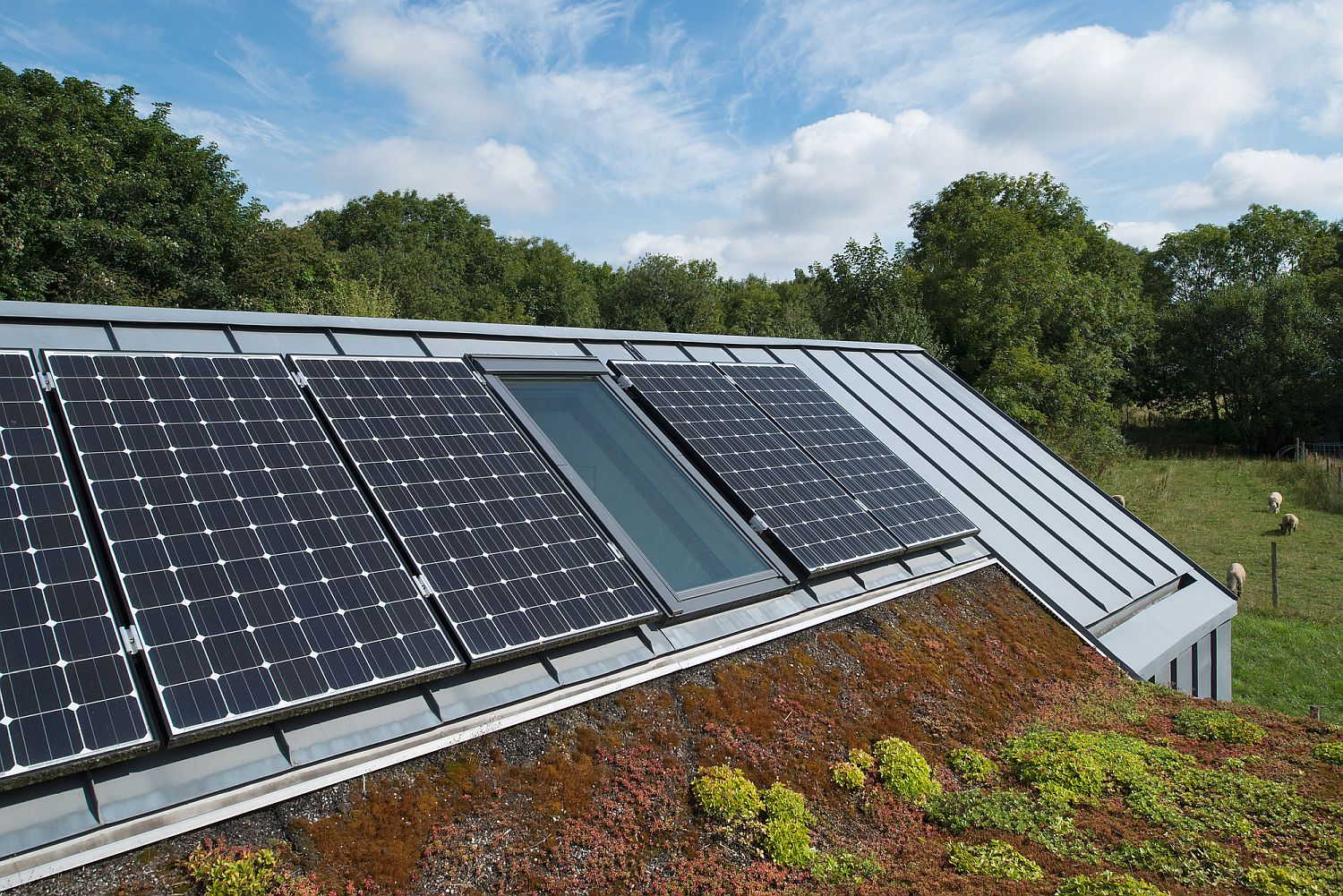 Solar-panels-on-the-roof-provide-the-home-with-green-energy