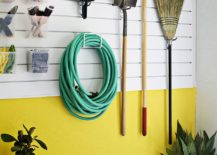 Add-a-bit-of-color-to-the-garage-organization-wall-217x155