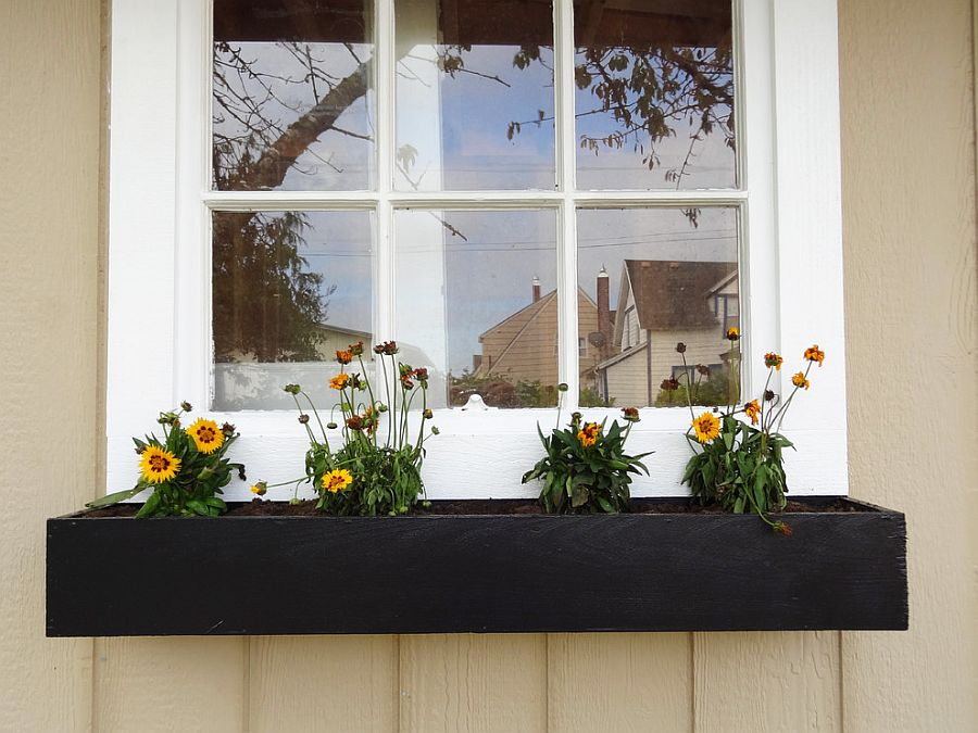 Build your own cost-effective modern window planter