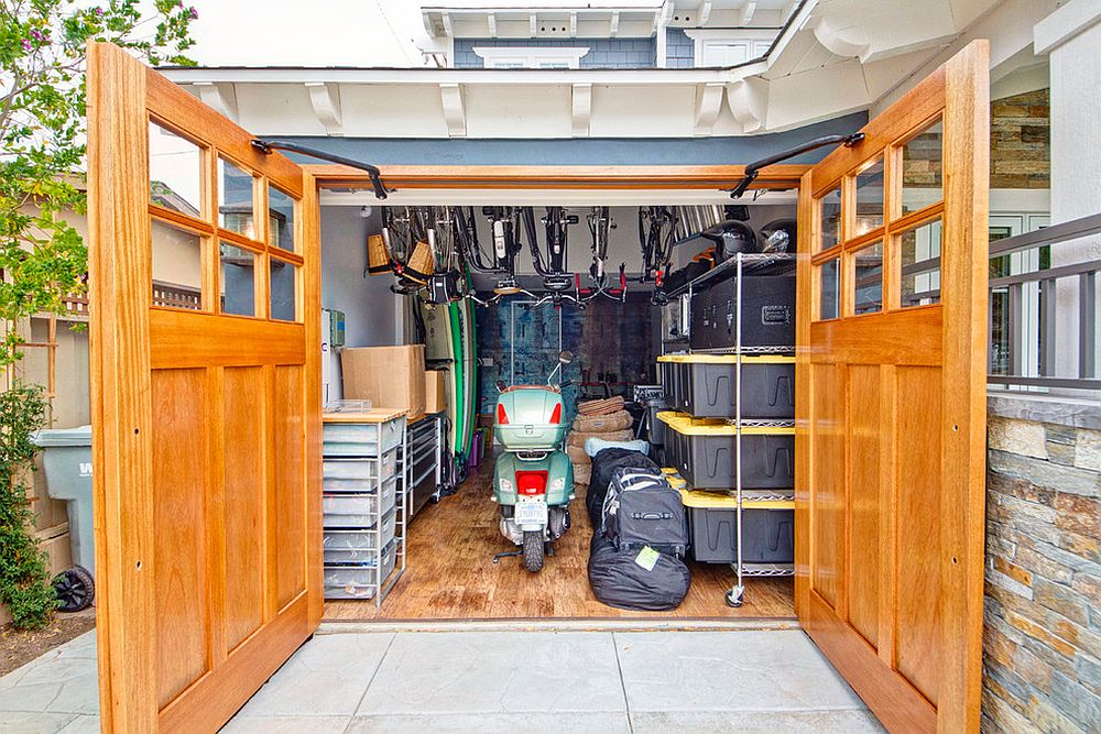 Carriage doors help in maximizing space inside the garage