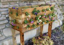 Cascading-pallet-DIY-flower-planter-idea-217x155