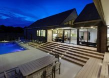 Central-pool-are-and-courtyard-that-the-family-can-enjoy-217x155