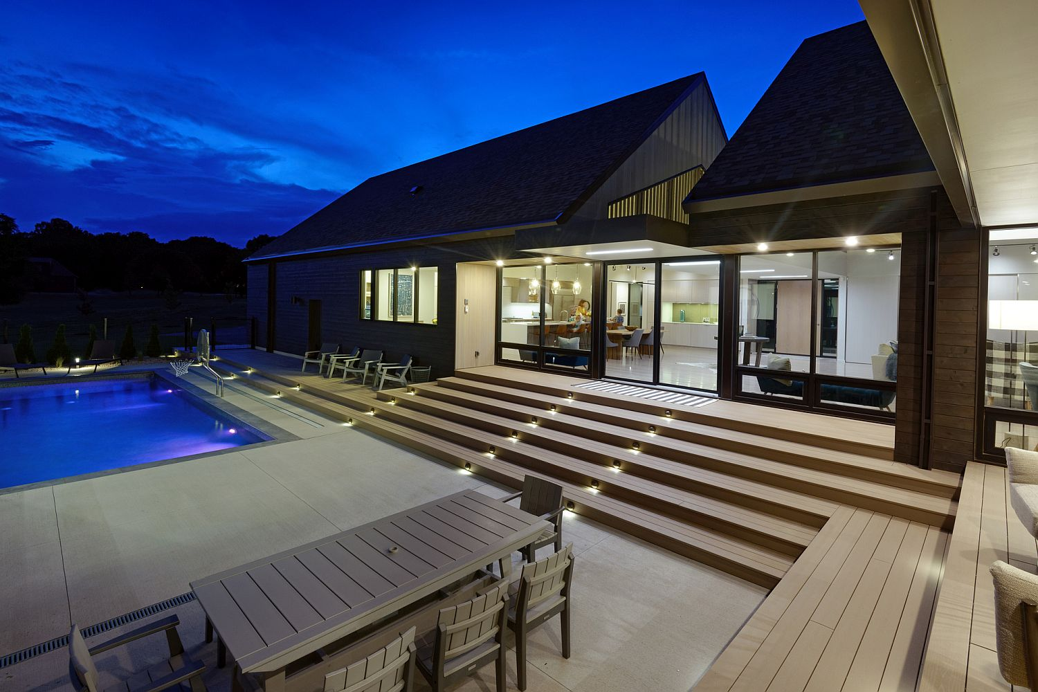 Central pool are and courtyard that the family can enjoy