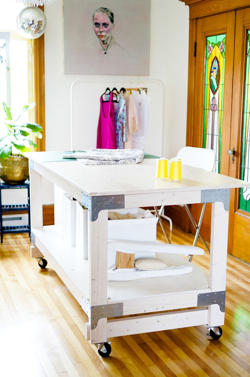 Create the perfect DIY crafting table in your home