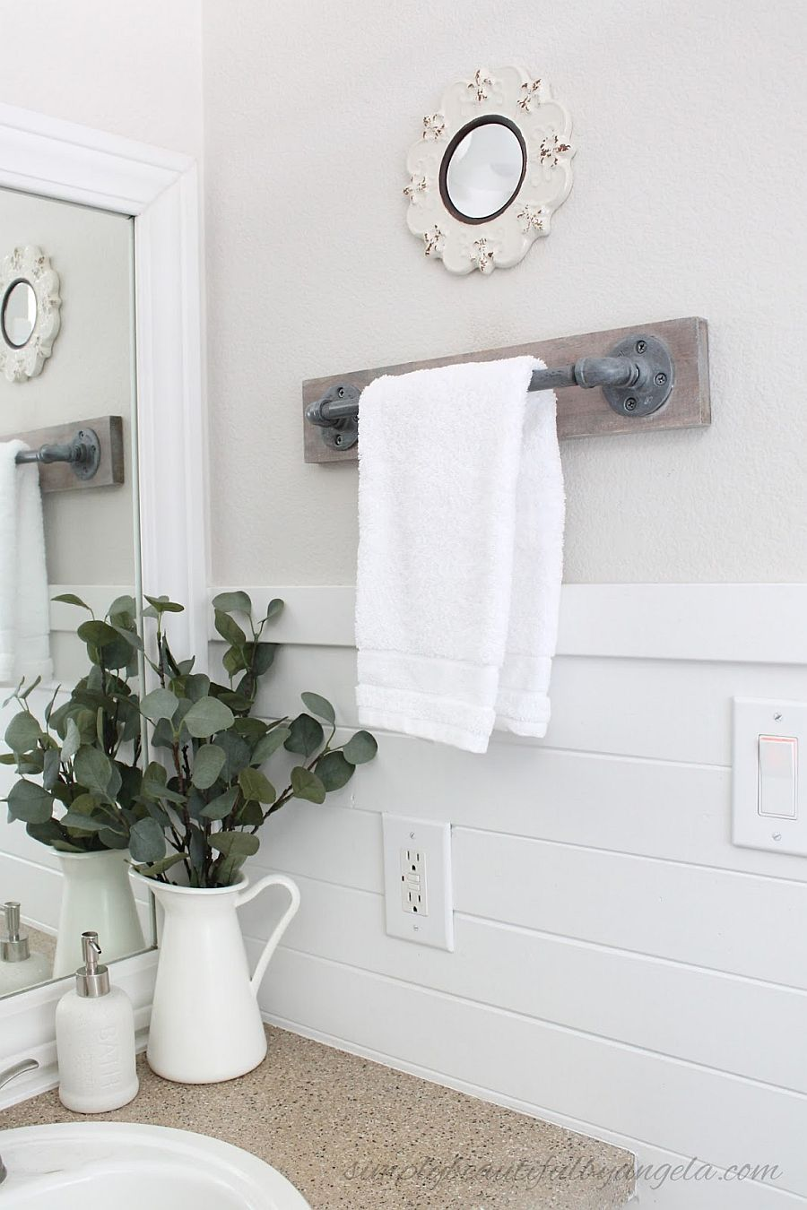 DIY industrial style towel rack with pipe for the small bathroom