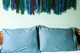 An Easy Wall Hanging with Modern Style