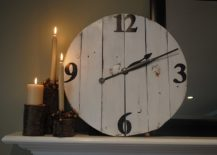 Large-DIY-wood-wall-clock-with-vintage-charm-217x155