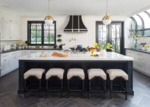 Modern-classic-kitchen-in-black-and-white-217x155