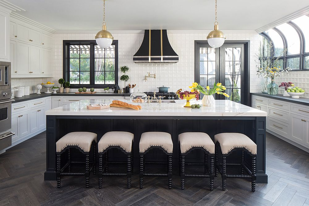 Modern classic kitchen in black and white