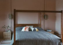 Modern-modular-bedroom-design-with-woodsy-and-neutral-backdrop-217x155