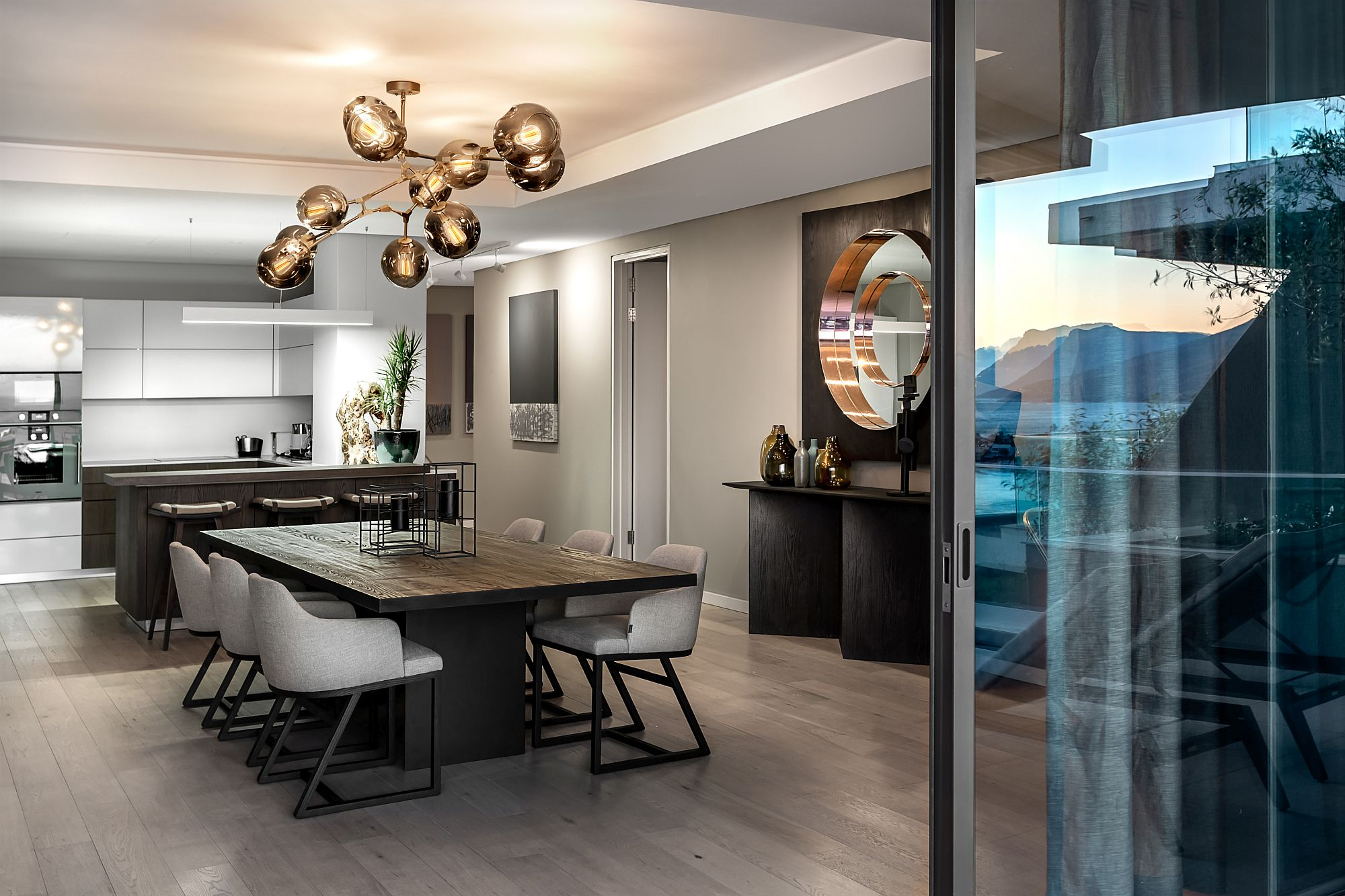 Quiet Sophistication Draped in the Best of Cape Town: Stunning Clifton 301 by OKHA