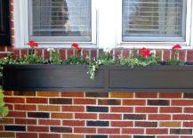 Perfect-DIY-flower-box-planters-for-the-classic-home-window-217x155