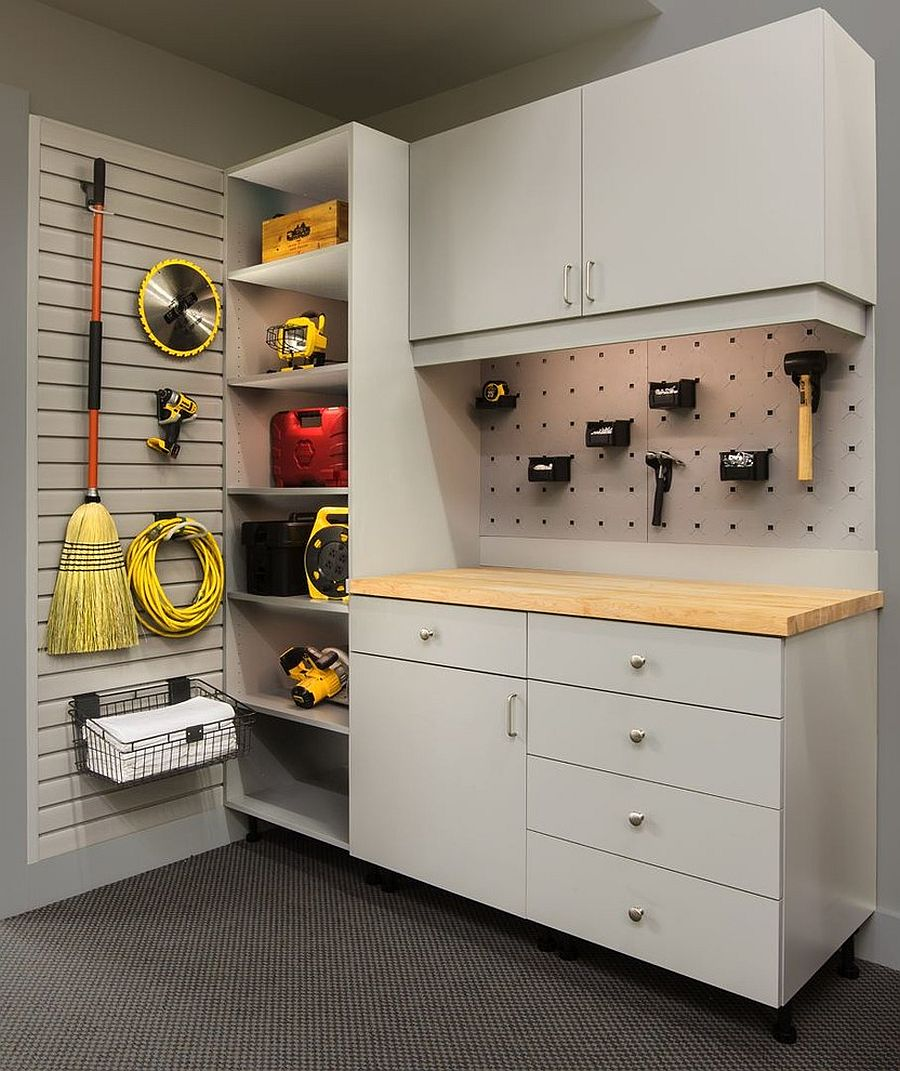 Put-the-corners-to-good-use-in-the-small-garage
