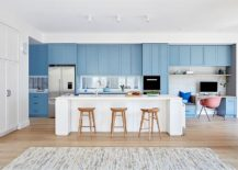 Right-balance-between-white-and-blue-in-the-kitchen-217x155
