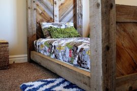 45 Eco-friendly Reclaimed Wood Projects