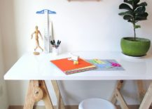 Slim-and-cool-DIY-craft-table-that-takes-just-an-hour-to-make-217x155