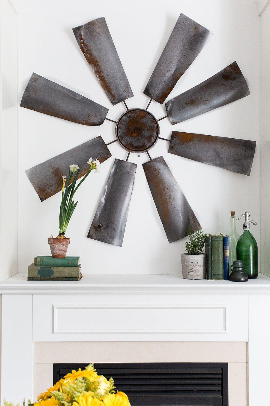 Striking and unique DIY windmill decor idea for the farmhouse entry
