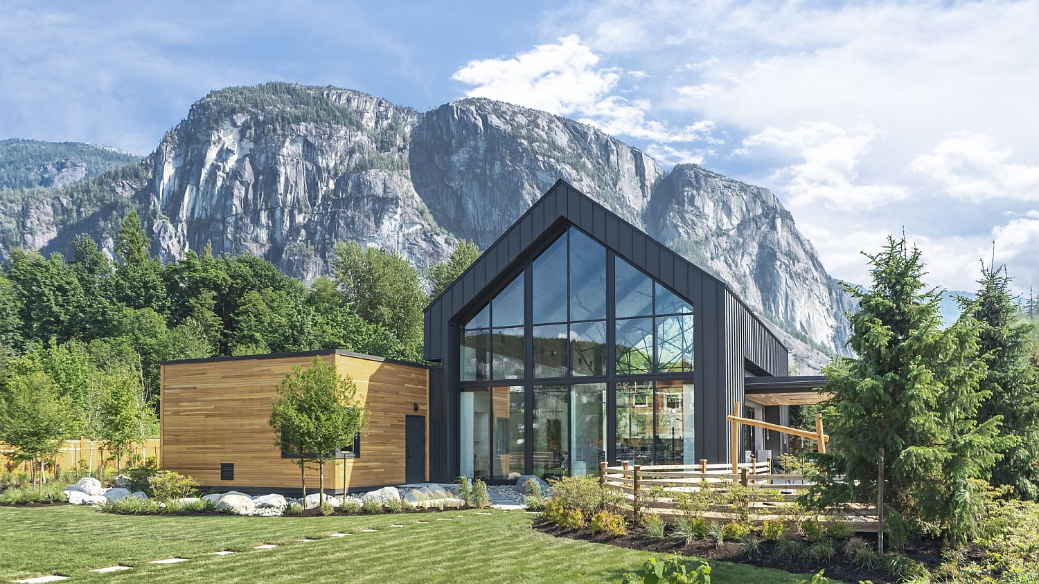 Stunning Sea and Sky Discovery Centre in Squamish, Canada