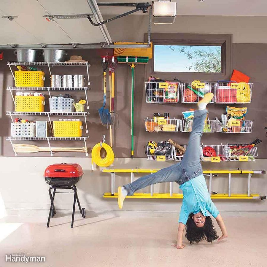 Using-wire-shelving-in-the-garage-for-a-more-organized-interior