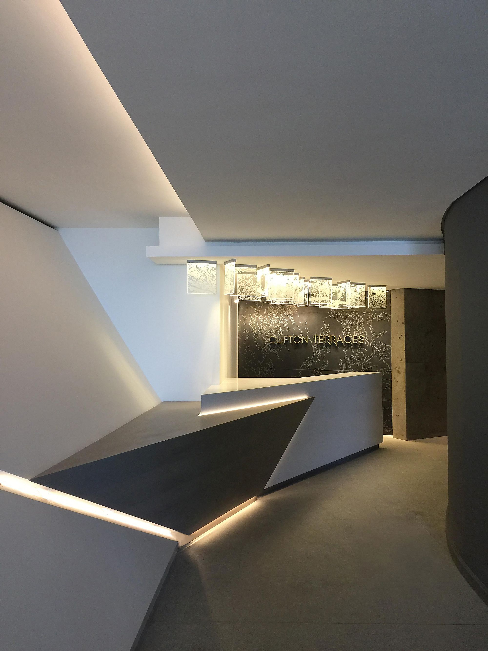 View-of-the-entrance-of-the-polished-apartment-with-ocean-views