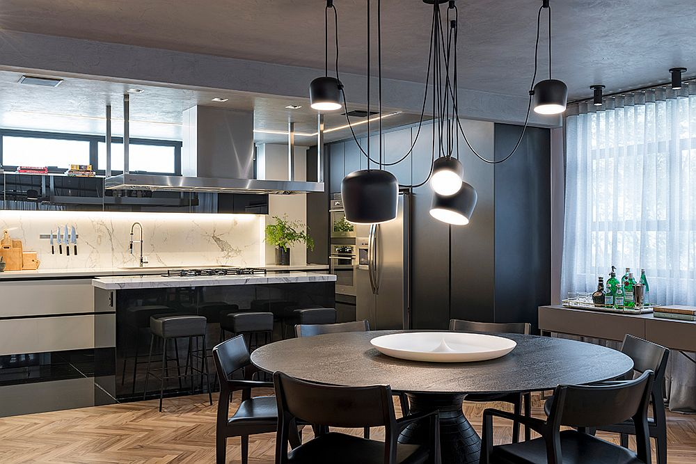 Backsplash-in-the-kitchen-feels-sophisticated-and-window-brings-in-ample-lighting