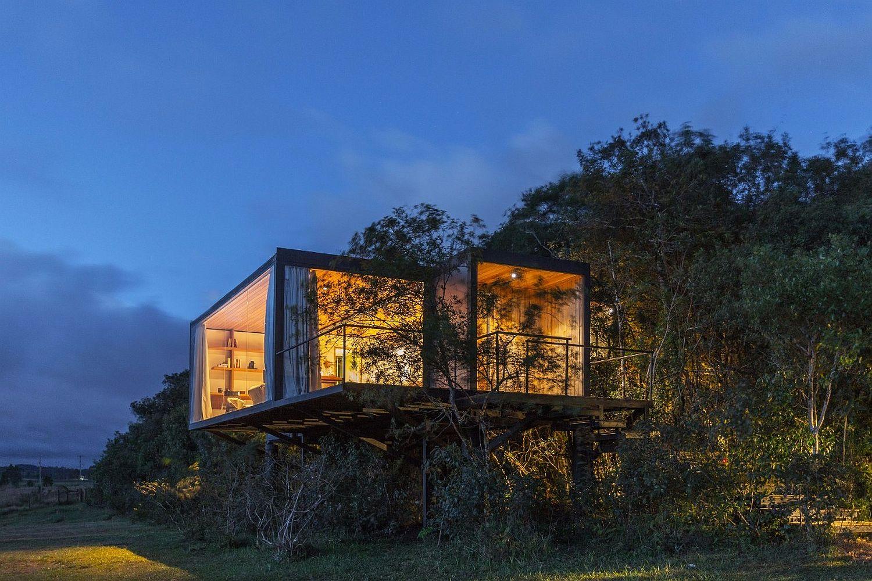 Design-of-the-cabin-leaves-minimal-footprint