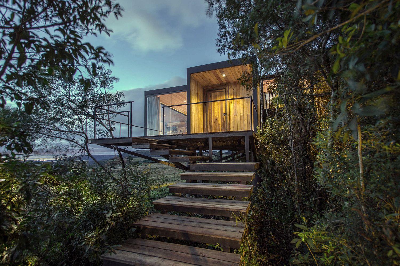 Exquisite and private Purunã Cabin designed by Bruno Zaitter arquiteto in Brazil