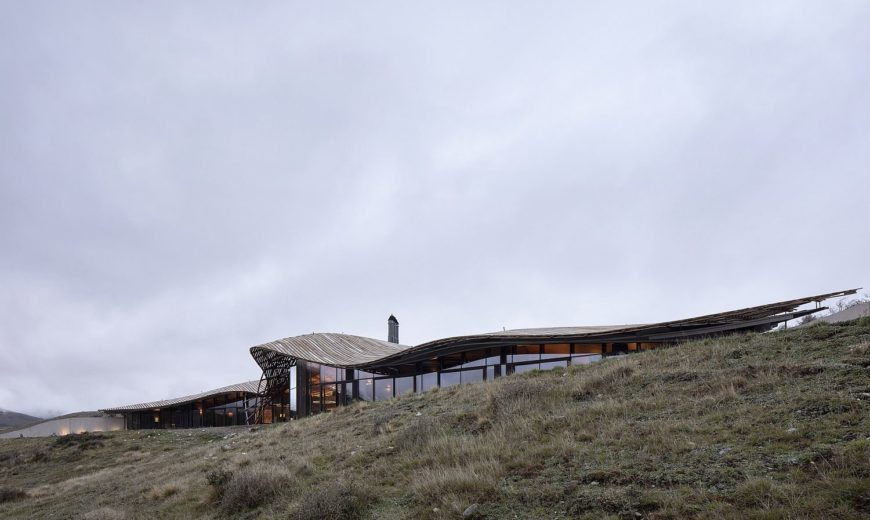 Lindis Lodge: Stunningly Sustainable Design Set Amidst NZ Southern Alps